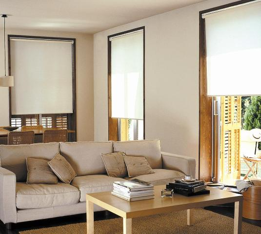 Persianas Enrollables/ Roller Shades S037