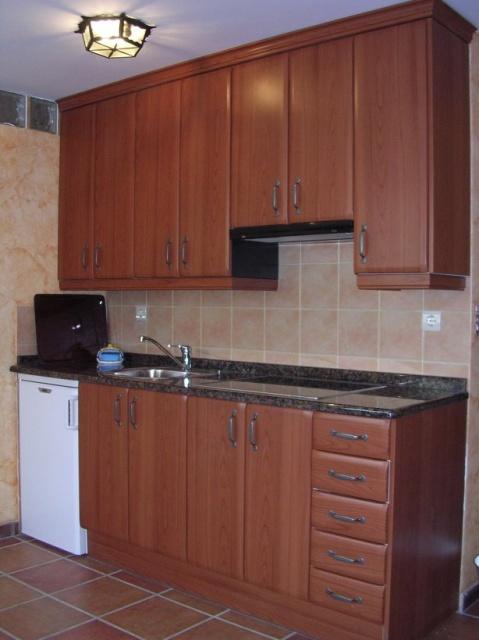 Muebles de cocina de madera en San Pedro Sacatepéquez de la tienda en