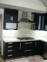 Muebles de cocina de color negro