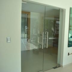 PUertas y Bañeras de Vidrio Templado