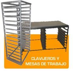 Clavijeros y mesas de trabajo