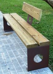 Banco de fundición en madera