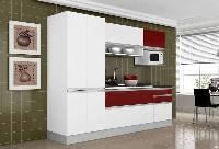 Cocina de color blanco y rojo